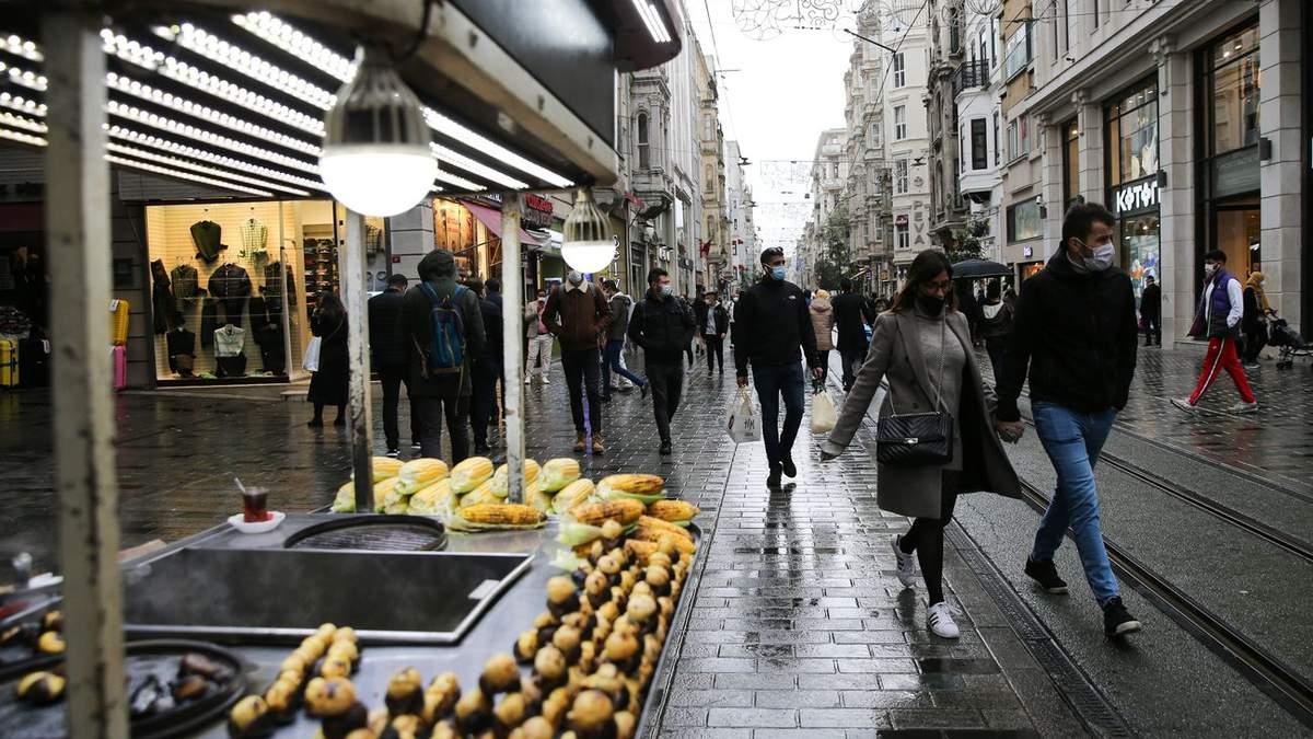 Запрет выхода на улицу в Турции: как быть украинским туристам