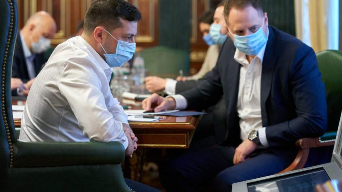 Зеленский, Порошенко - как COVID-19 ударил по новой власти - Канал 24