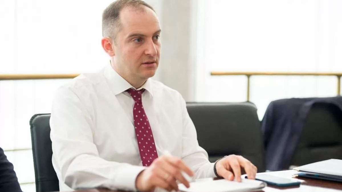 Украина застряла в стагнации из-за деструктивной роли олигархата, – Сергей Верланов