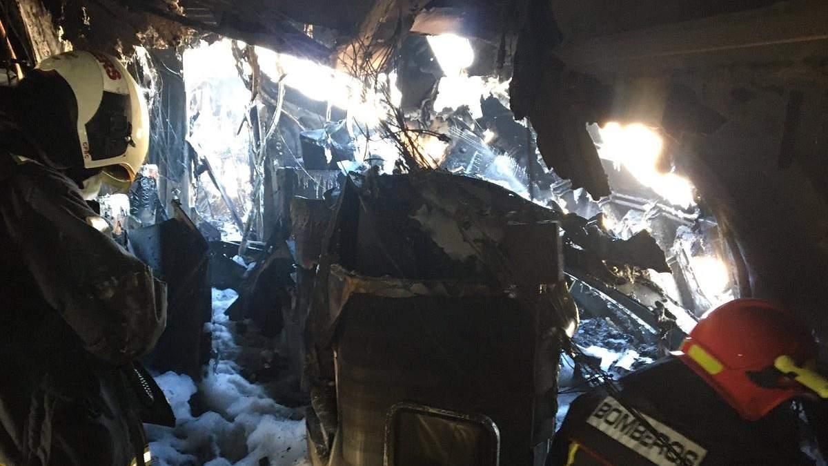 В Испании самолет загорелся прямо в аэропорту: видео пожара