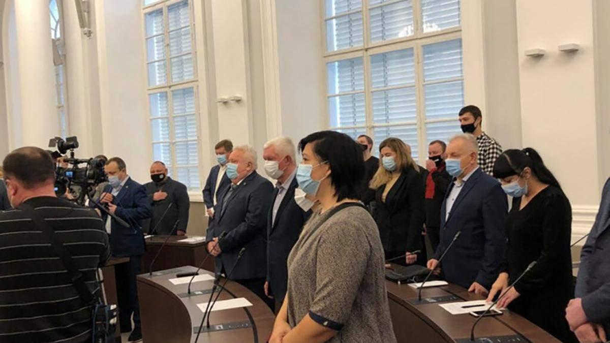 Во Львове состоялась скандальная первая сессия Львовского горсовета: видео