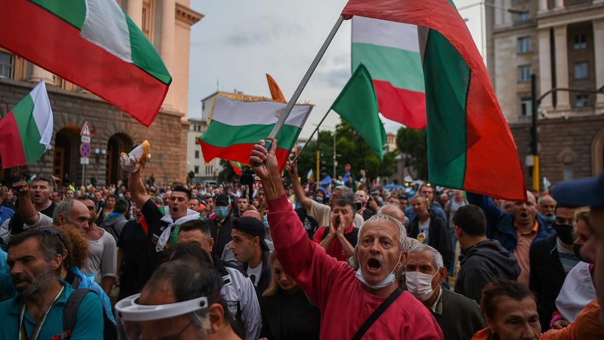 Протесты в Болгарии из-за COVID-19