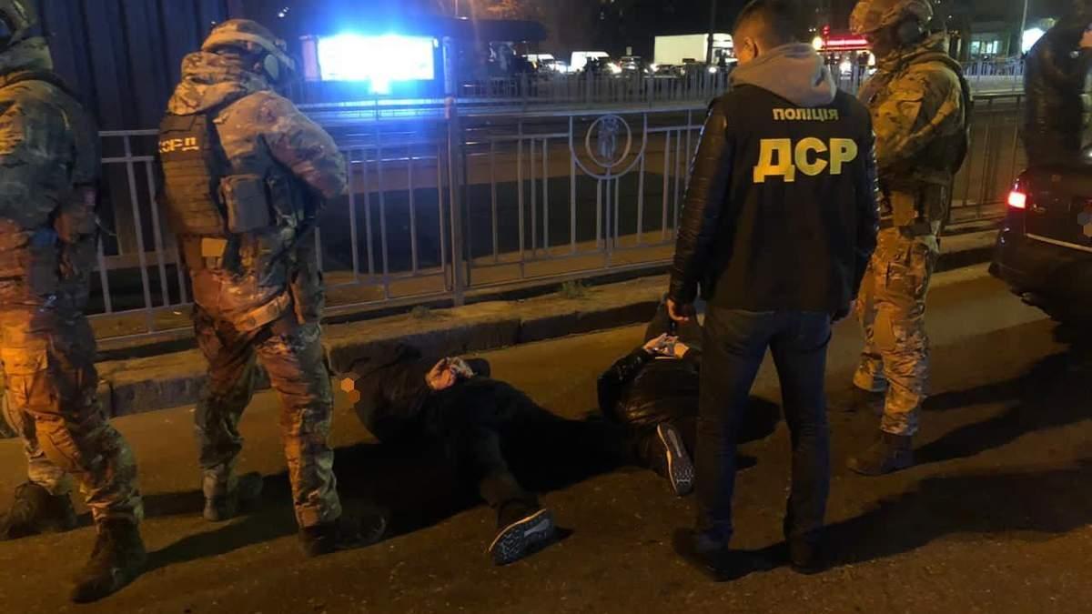В Киеве 24.11.2020 задержали заказчиков похищения рома из Харькова