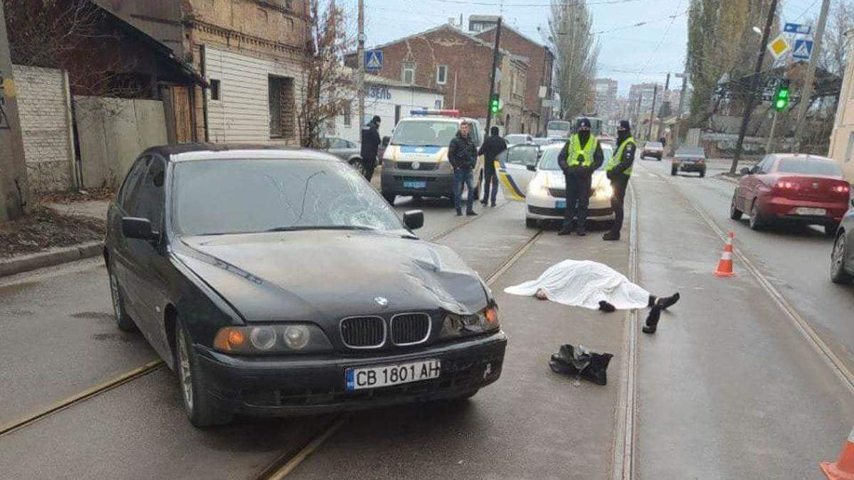 В Харькове BMW с иностранной регистрацией насмерть сбил женщину