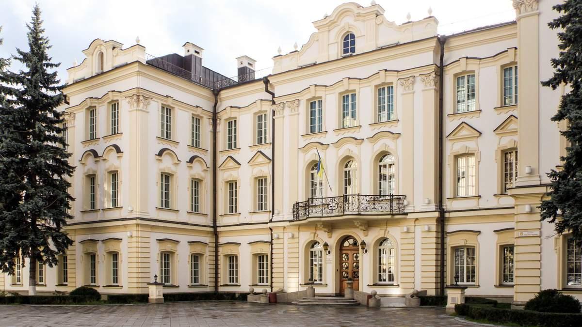 Законним власником Сбербанку в України є Ощадбанк