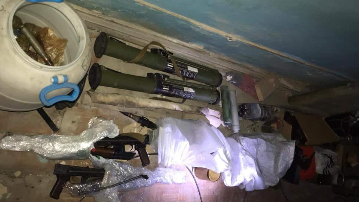 Оружие, которое нашли в НААН в Киеве, принадлежало охранной фирме