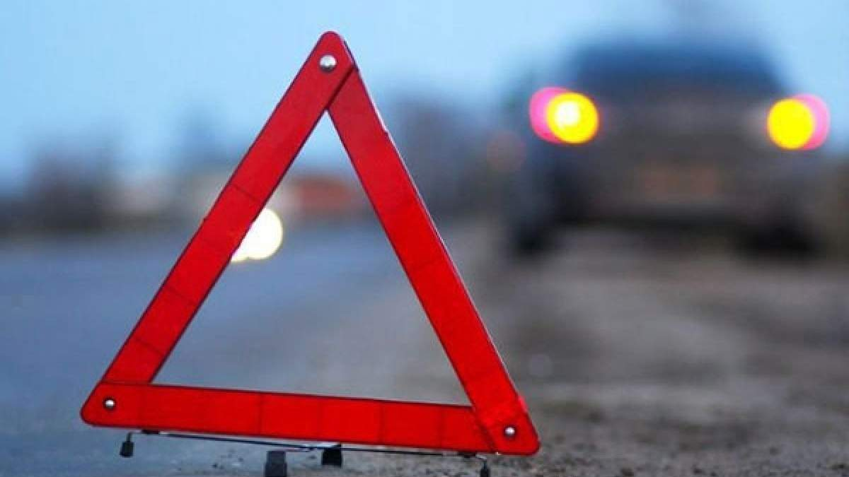 В Одесі зіткнулися легковик і кросовер 27.11.2020 – відео