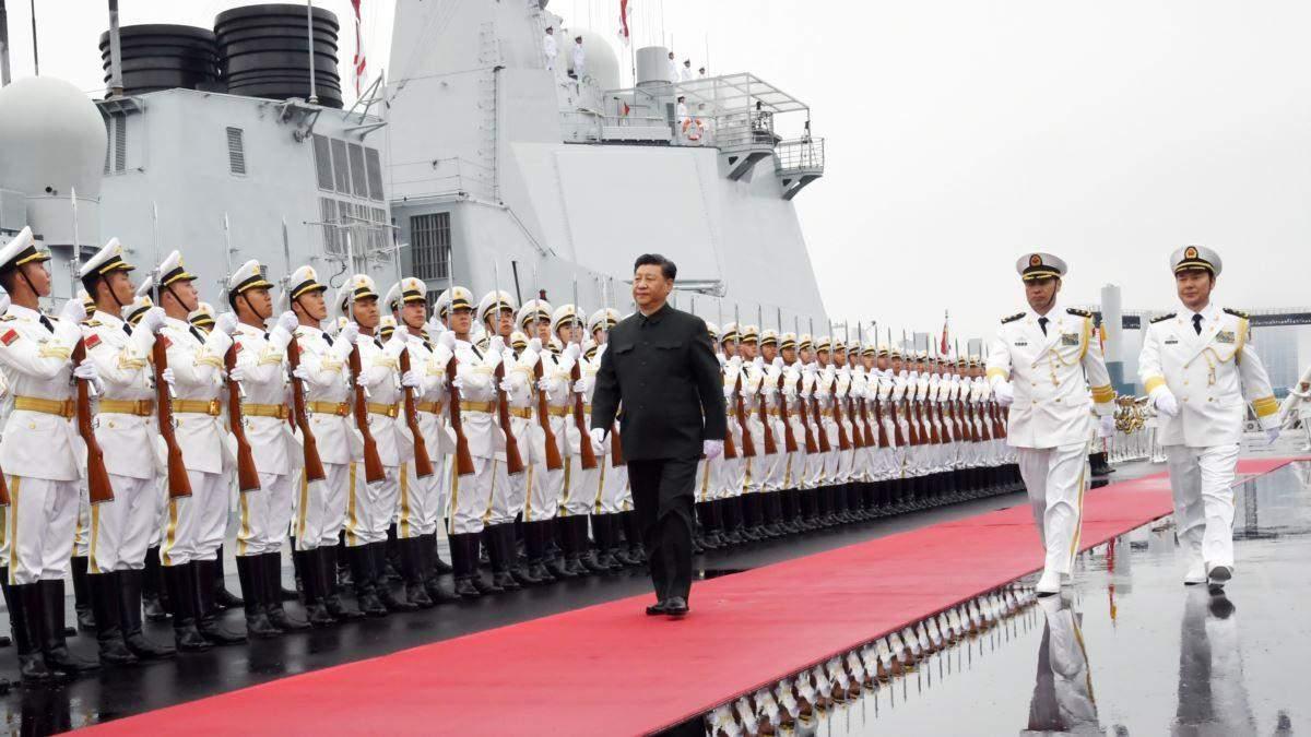 Си Цзиньпин призвал армию Китая не бояться смерти и готовиться к войне