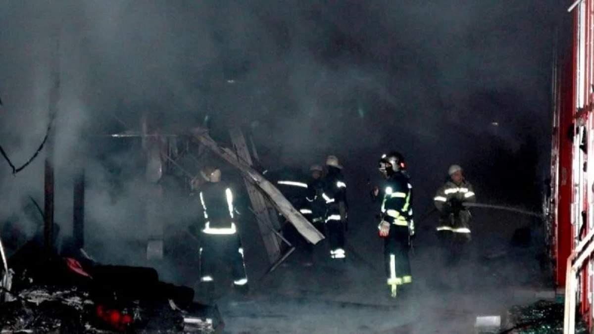 Пожар на рынке Барабашово в Харькове 28.11.20: подозревают поджог
