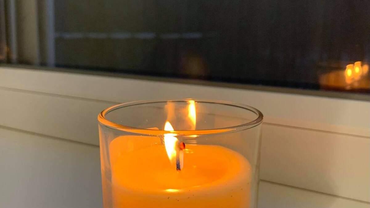 Українці запалили свічки у пам'ять про жертв Голодомору: фото
