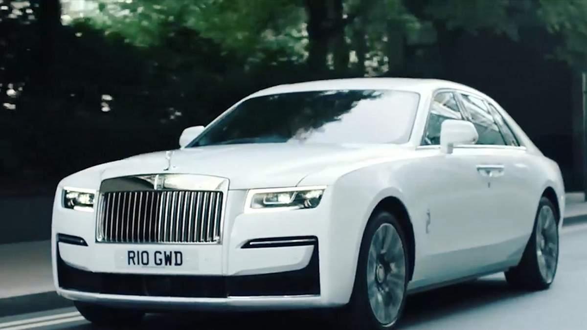 Rolls-Royce прибере з усіх моделей у Європі статуетку з підсвіткою