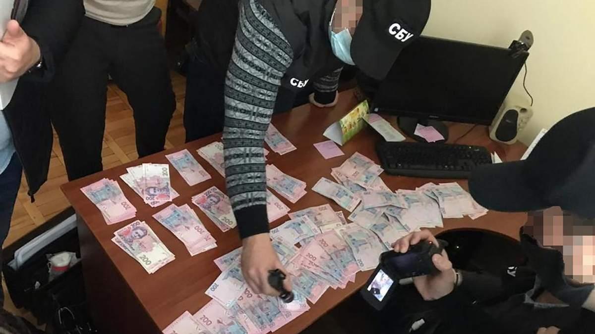 Обшуки Суспільного в Івано-Франківську: затримали менеджерку