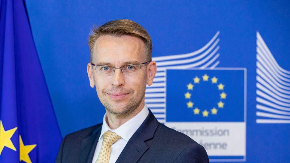 Парламент Молдовы врезал полномочия президента: реакция ЕС