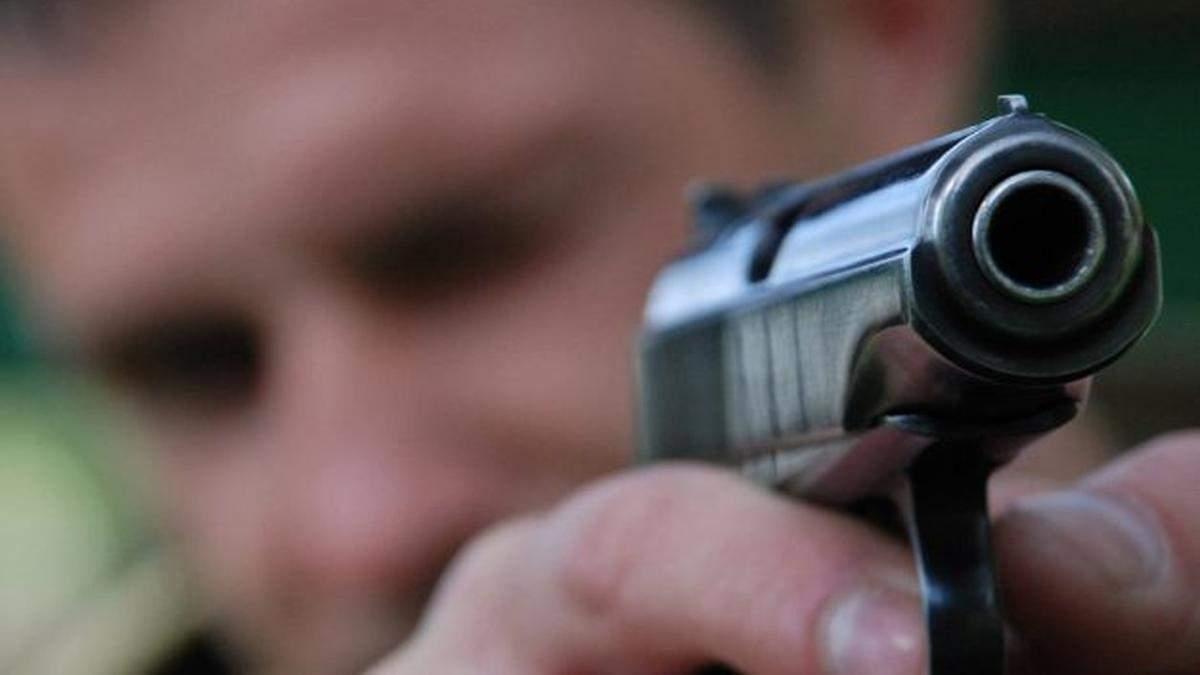 В Запорожье полицейские обстреляли автомобиль с сотрудником ГБР