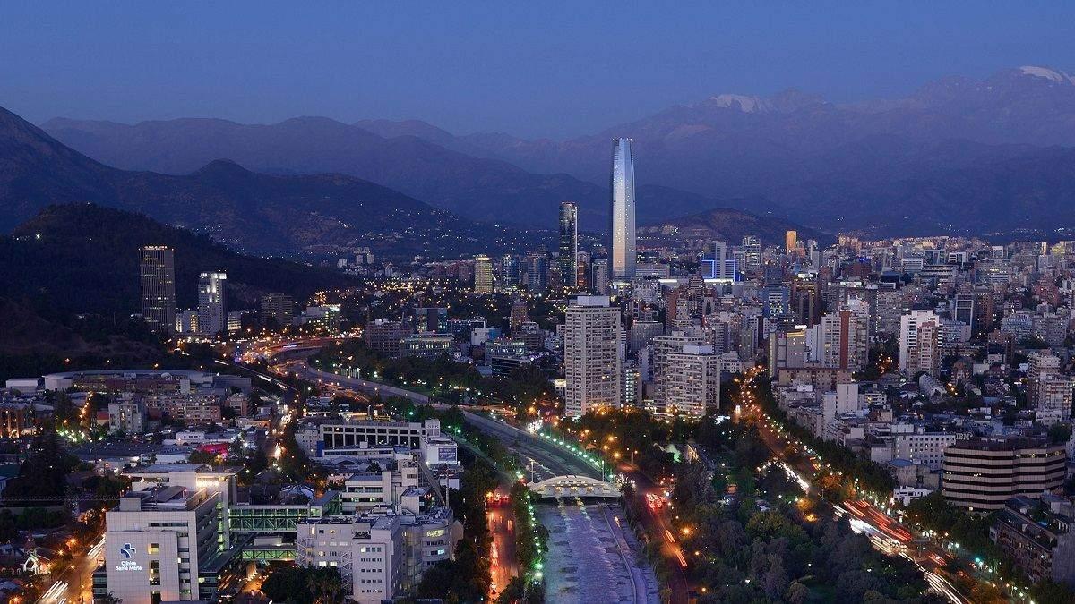 В Чили решили ввести карантин выходного дня - как в Украине