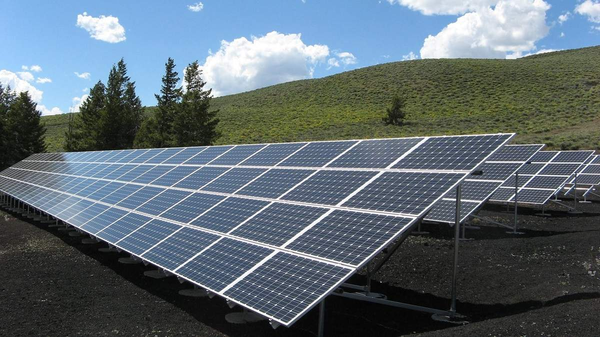 """Германия освободит """"зеленую"""" промышленность от платежей за """"зеленую"""" электроэнергию"""