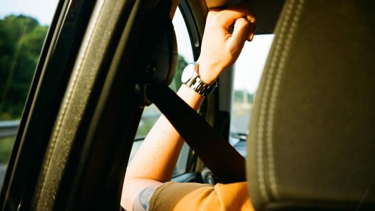 Сколько водителей в Украине пользуются ремнями безопасности