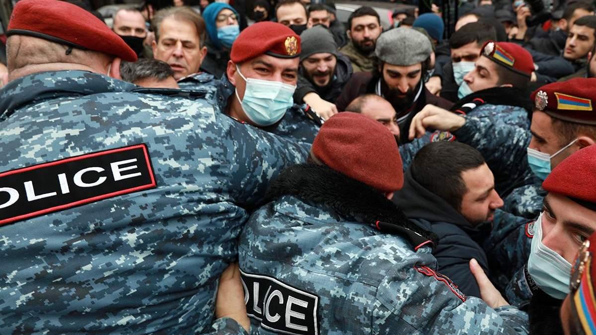 Протесты в Армении 10 декабря 2020: прорыв правительства, видео