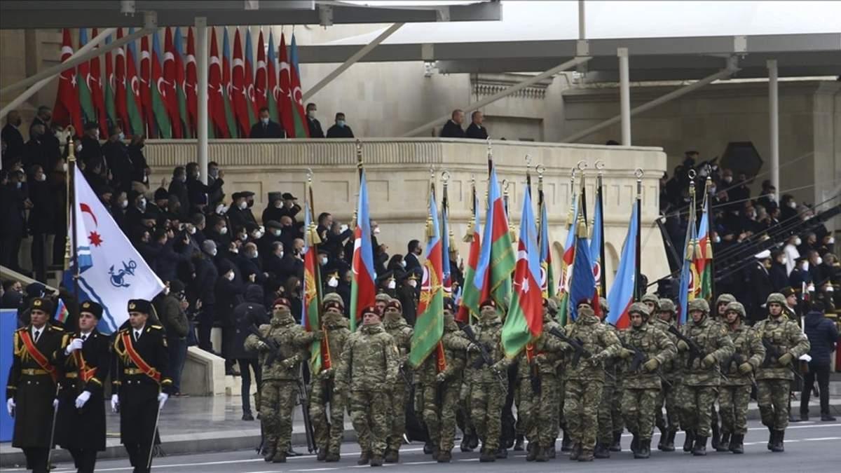 В Азербайджане провели парад победы 10.12.2020: видео