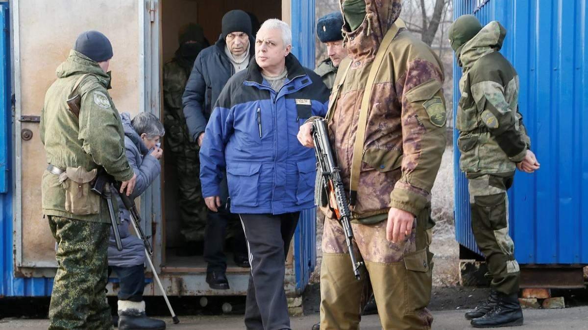Сколько украинцев находятся в плену боевиков ДНР