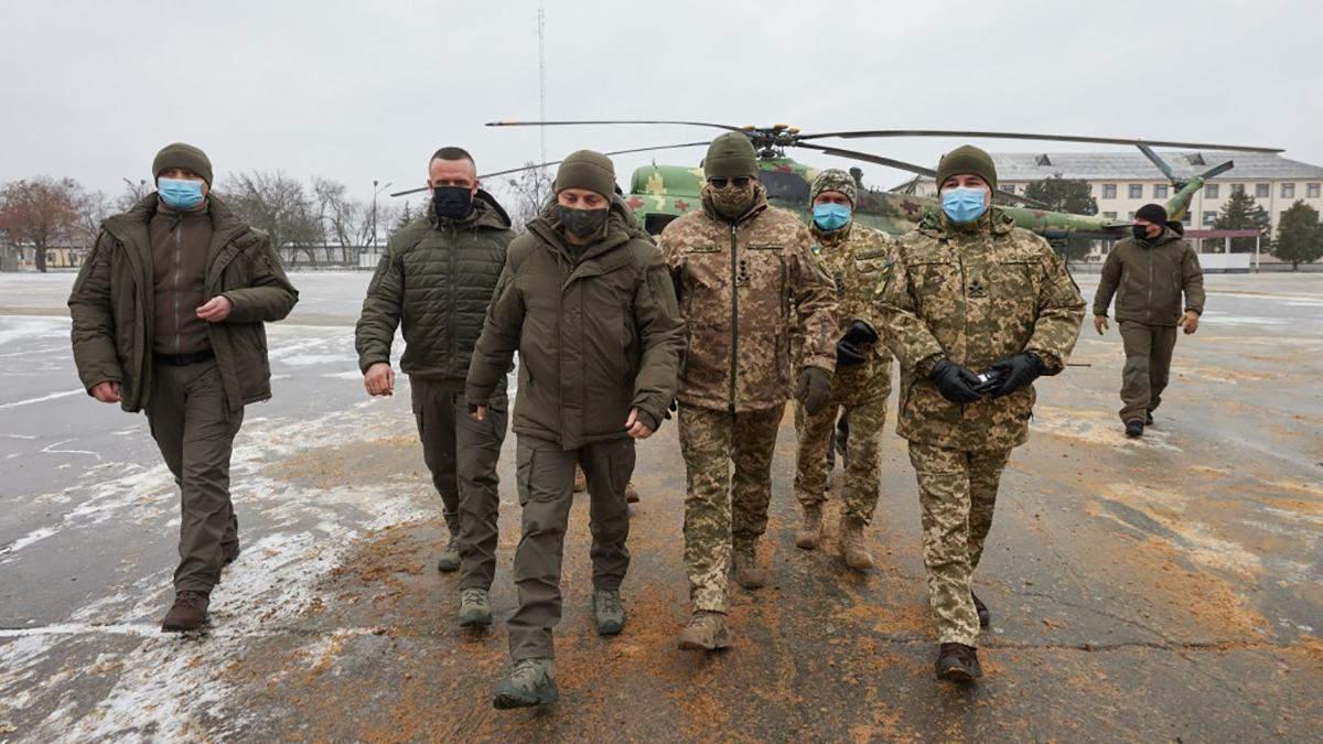 Зеленський 12 грудня 2020 відвідав центр Сухопутний військ Десна: що унікального показали президенту – фото