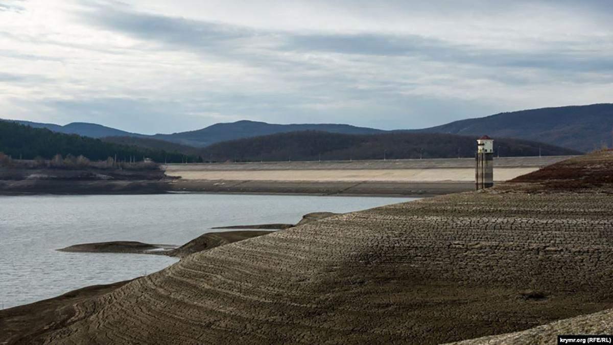 В оккупированной Ялте планируют выкачивать воду с озера: детали