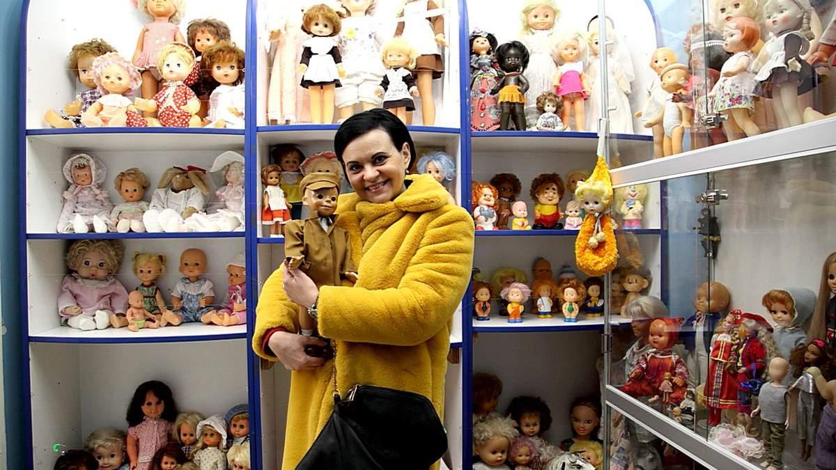 В Запорожье открыли кукольную выставку
