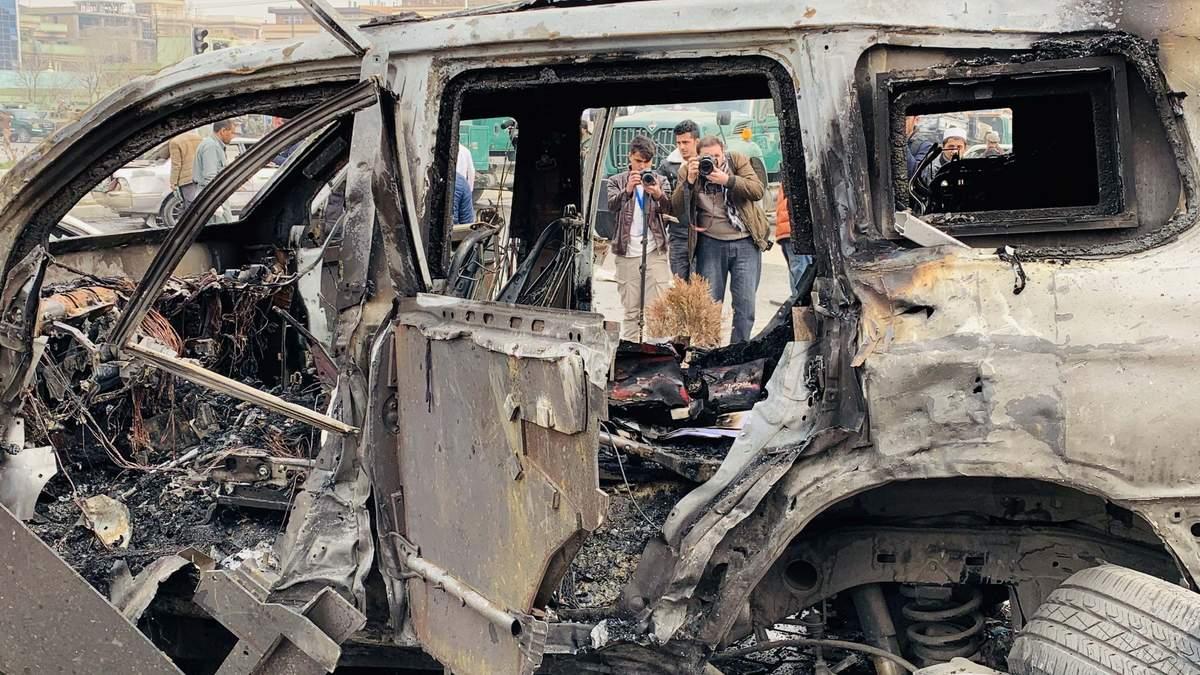 Покушение на парламентария в Кабуле: жертвами взрыва стали по меньшей мере 9 человек – фото