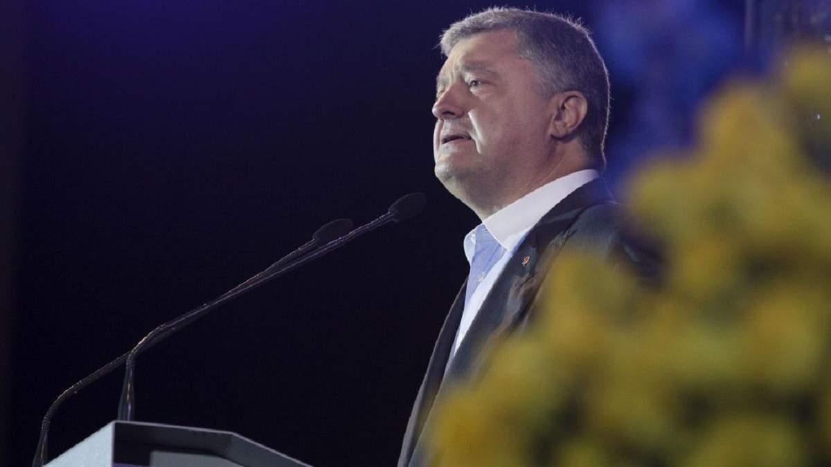 Петро Порошенко повинен піти на пенсію, – Олег Сенцов