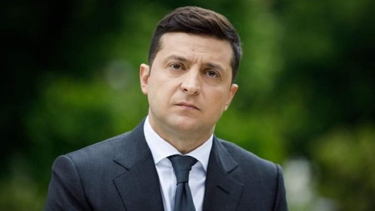 Сколько украинцев доверяет Зеленскому и политикам в декабре 2020