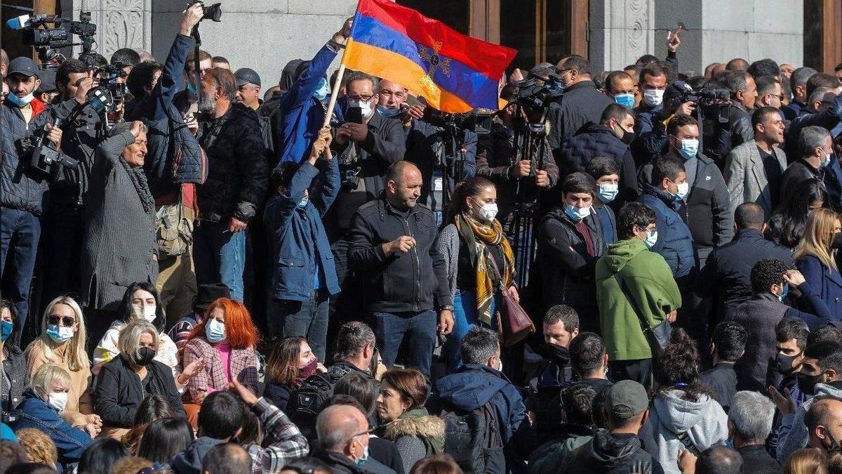 Протесты в Армении 25.12.2020: силовики задерживают участников