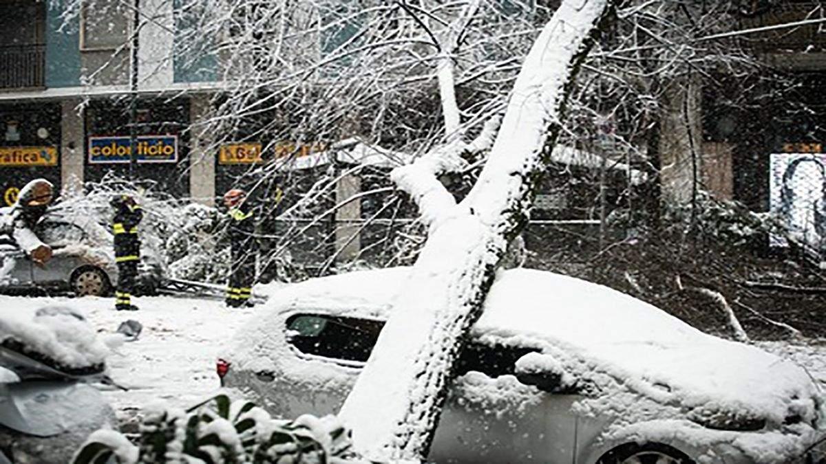 В Італії через буревій Белла загинула 1 людина, ще 2 постраждали