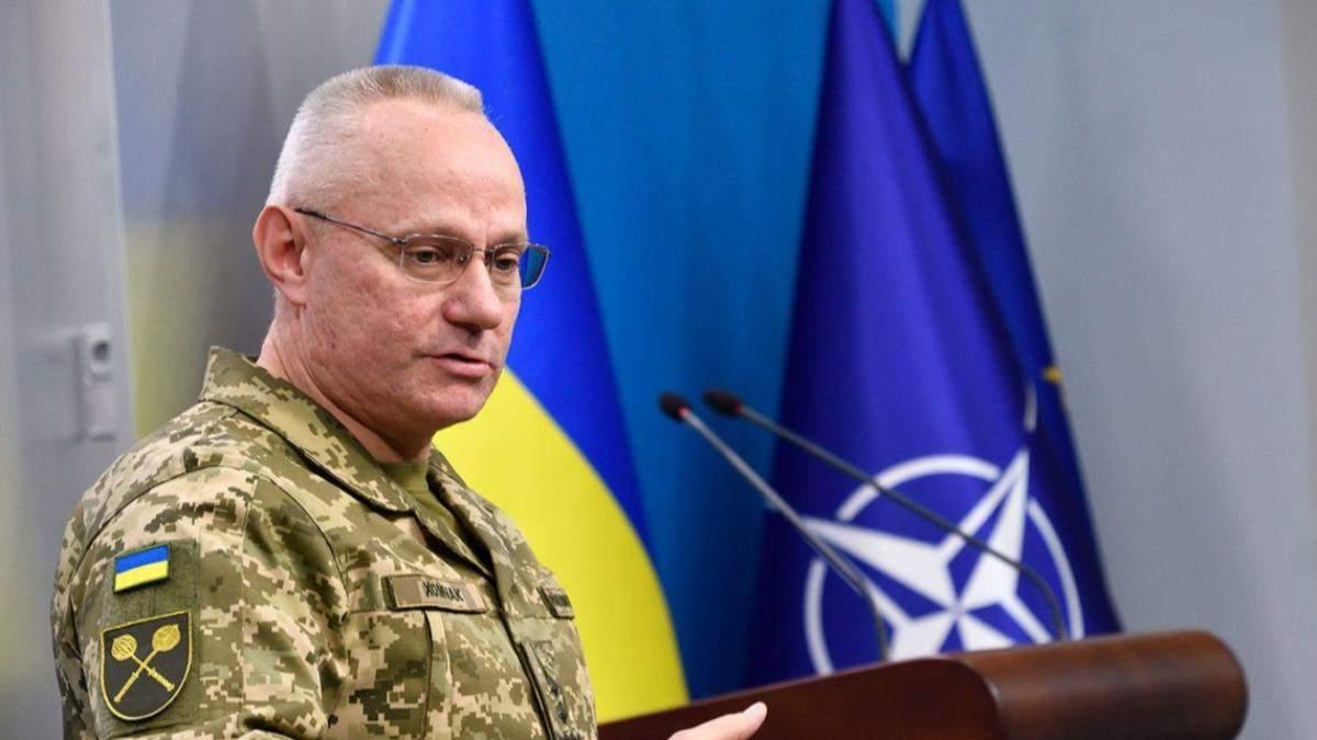 Суто військового шляху немає: Хомчак про вирішення ситуації на Донбасі