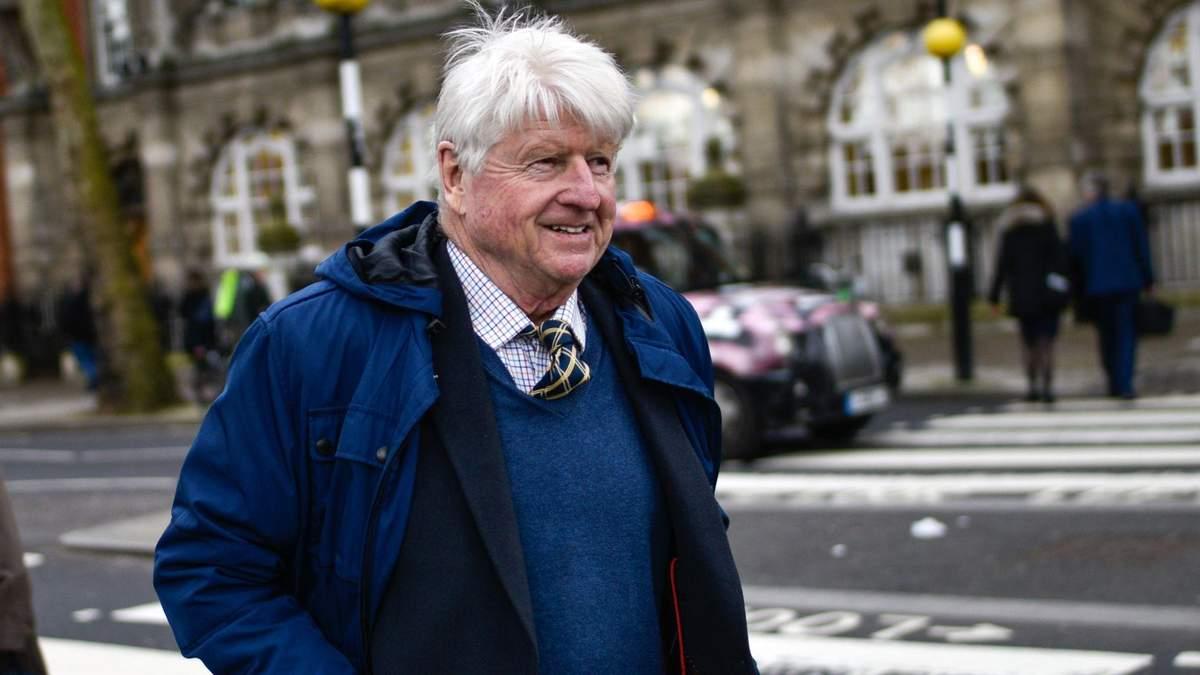 Отец премьер-министра Великобритании хочет стать гражданином Франции