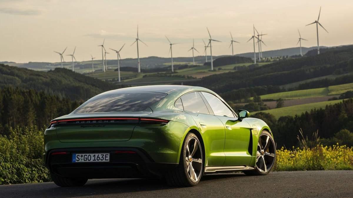 Экологически чистое топливо от Porsche: что известно, цена