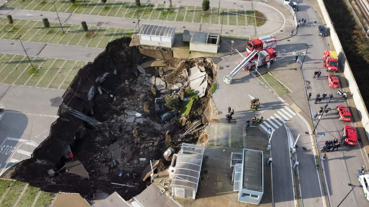 Взрыв у больницы в Италии 8.01.2021: образовалась яма – фото, видео