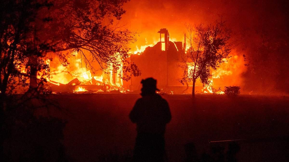 Сколько убытков США нанесли стихийные бедствия в 2020: сумма