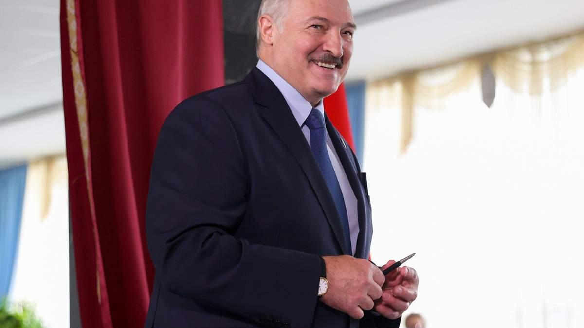 Лукашенко сравнил себя с белкой и объяснил за батьку