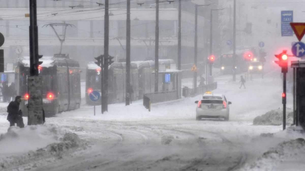 Швеция и Финляндия страдают от сильных снегопадов