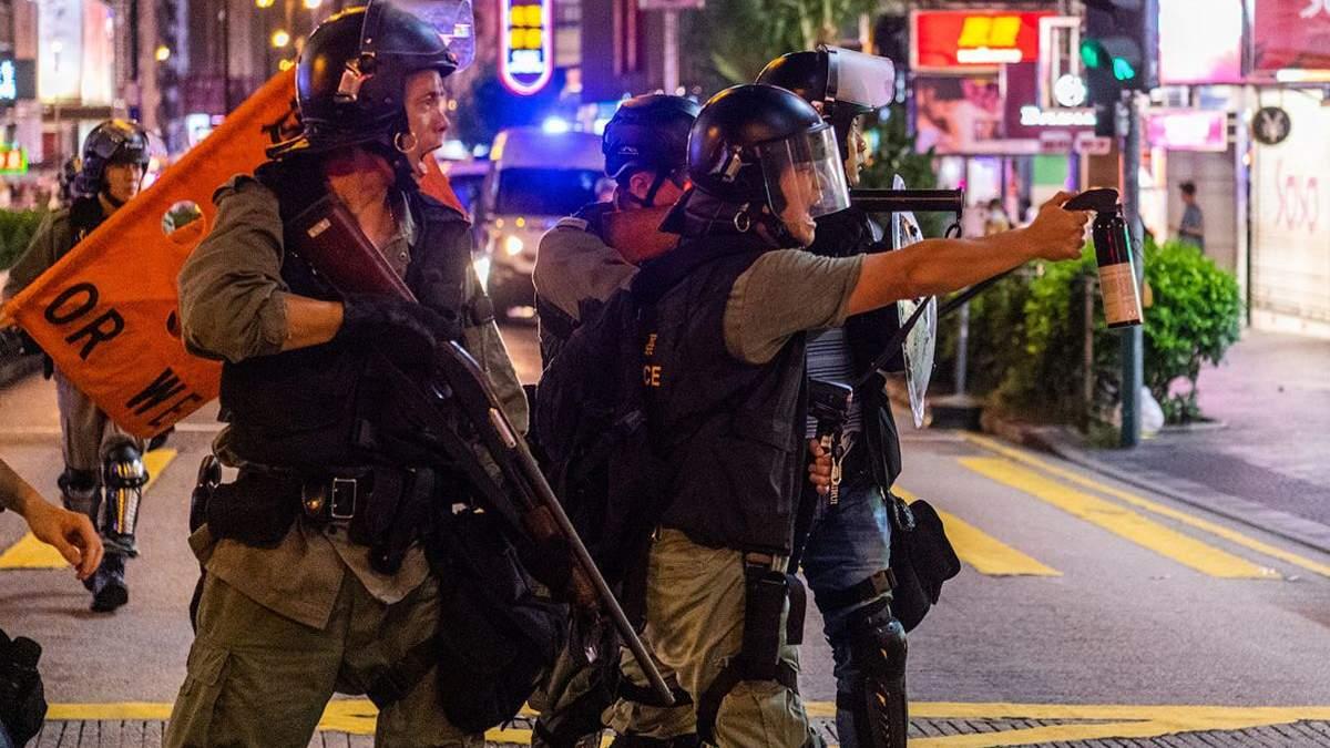 У Гонконгу затримали українця, який нібито допомагав активістам