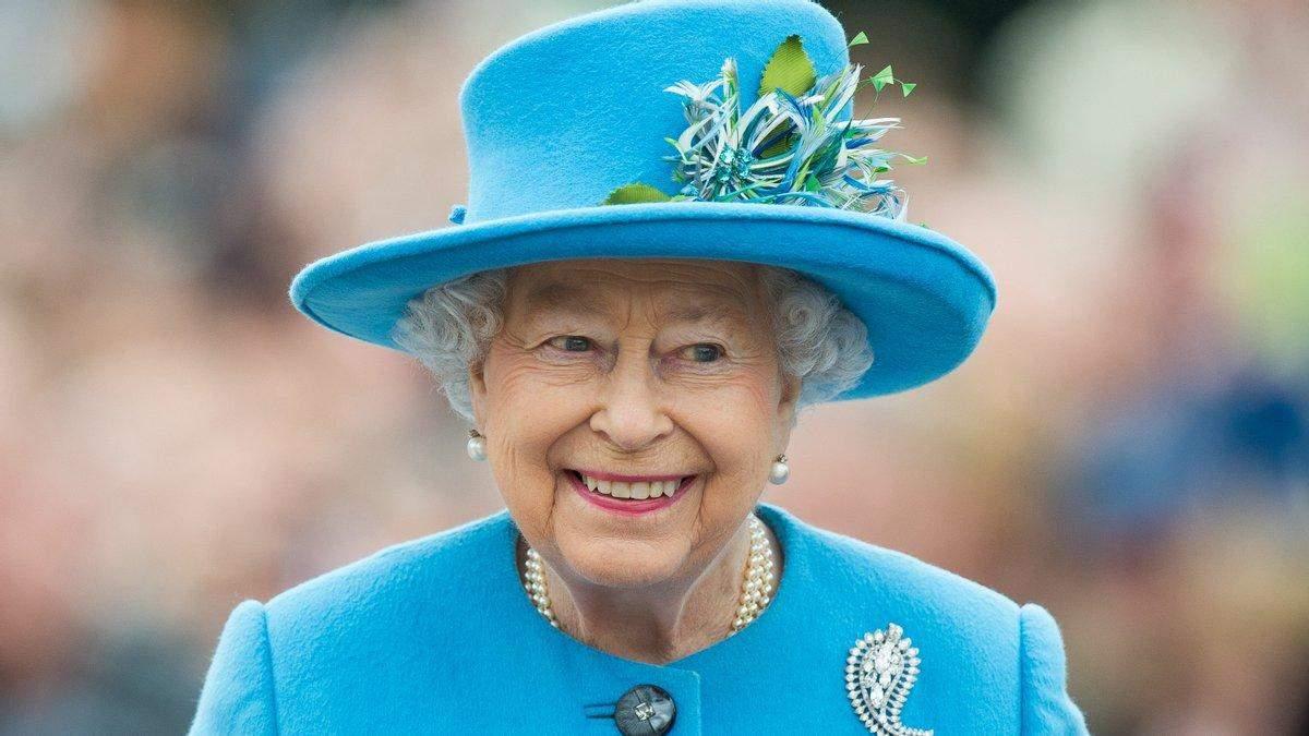 Что должен знать Елизаветы II, когда приедет в Украину