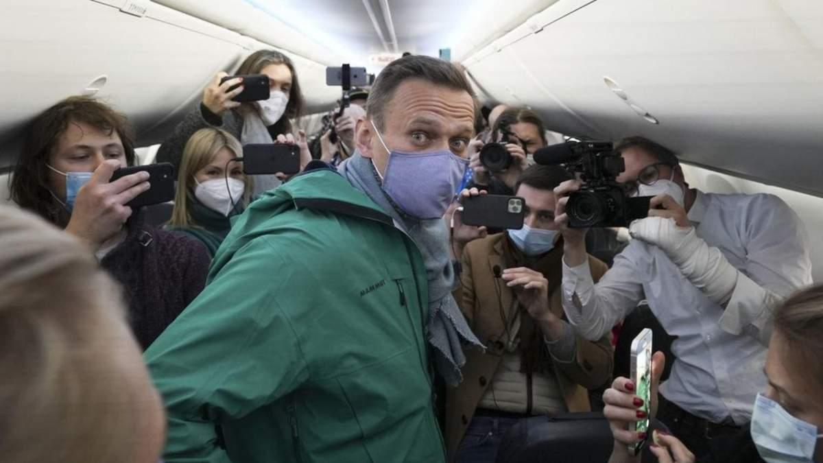 Навального задержали: какая Украине польза из событий в РФ - Канал 24