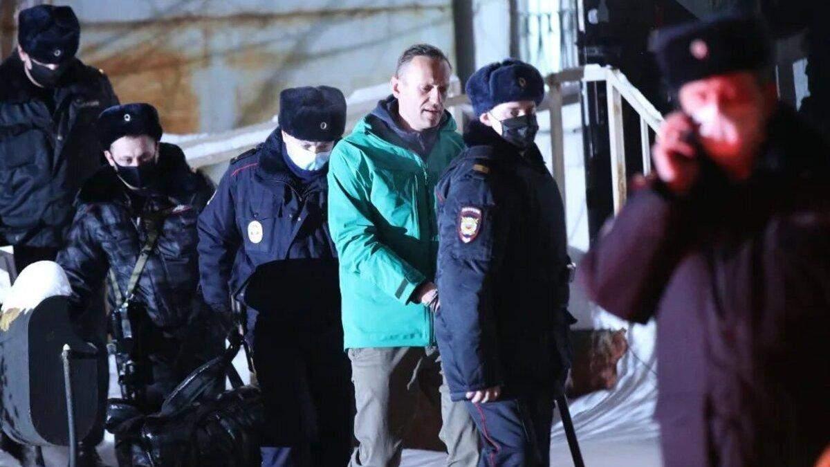 Правило свободы для Навального: должна ли Украина реагировать на беззаконие в России