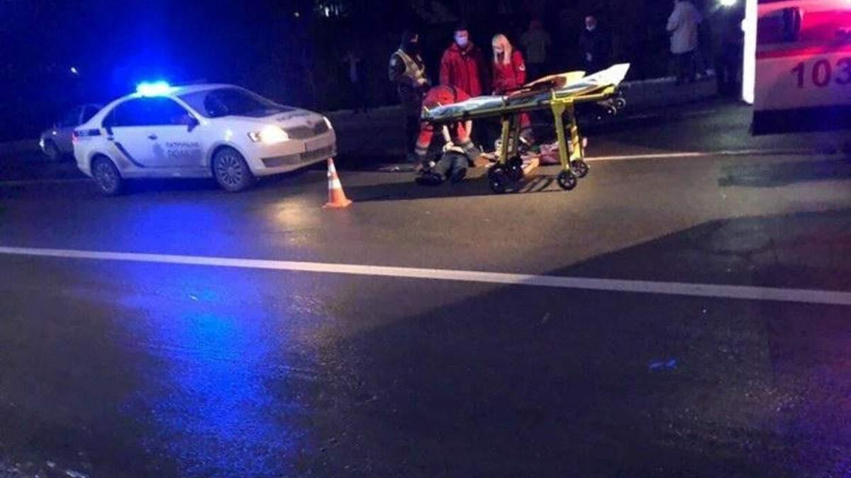 На Львівщині 21.01.2021 водій легковика на смерть збив пішохода: фото