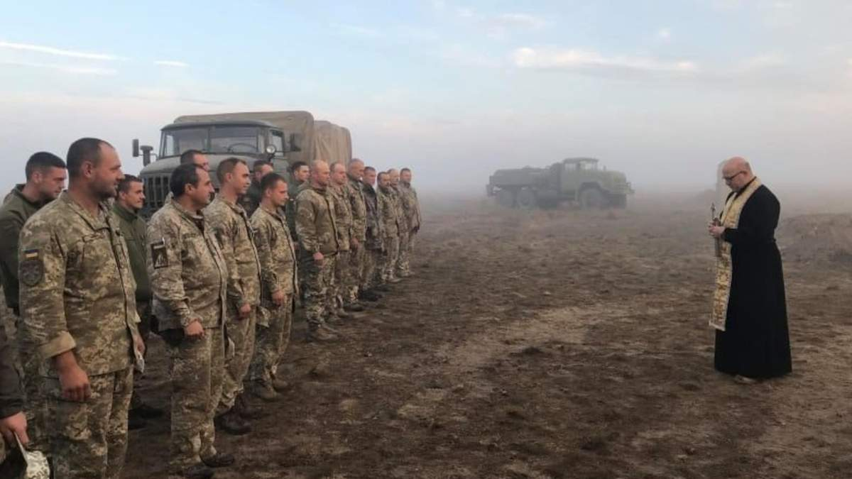Військових капеланів можуть прирівняти до військовослужбовців: деталі