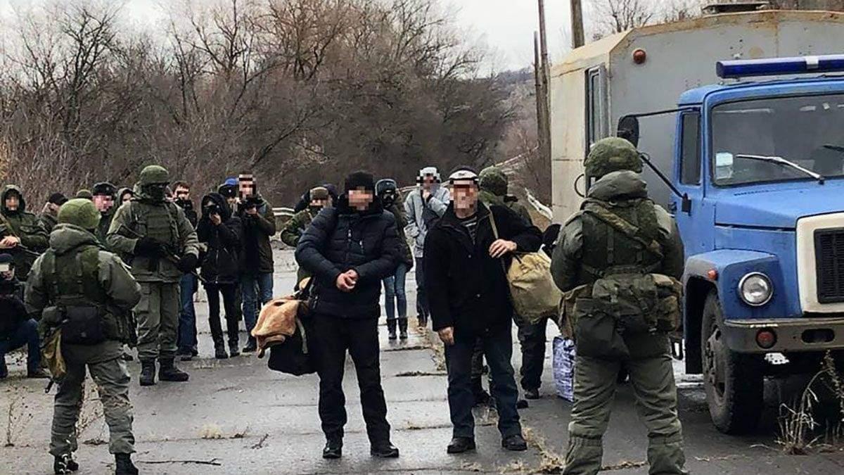 Полонених українців повернуть до України через Мінськ