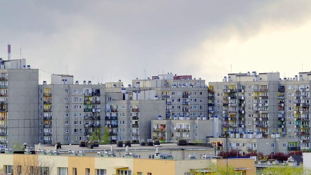 В Одесі підліток викинувся з вікна багатоповерхівки