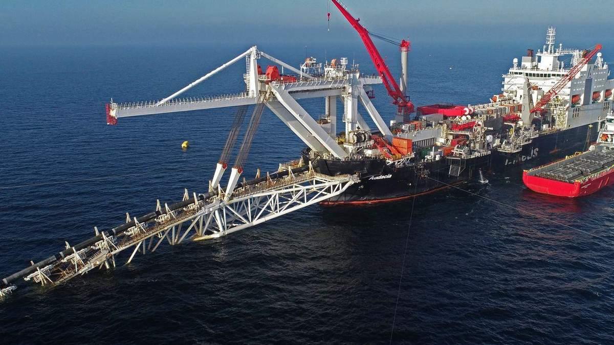 В водах Дании возобновили строительство Северного потока-2