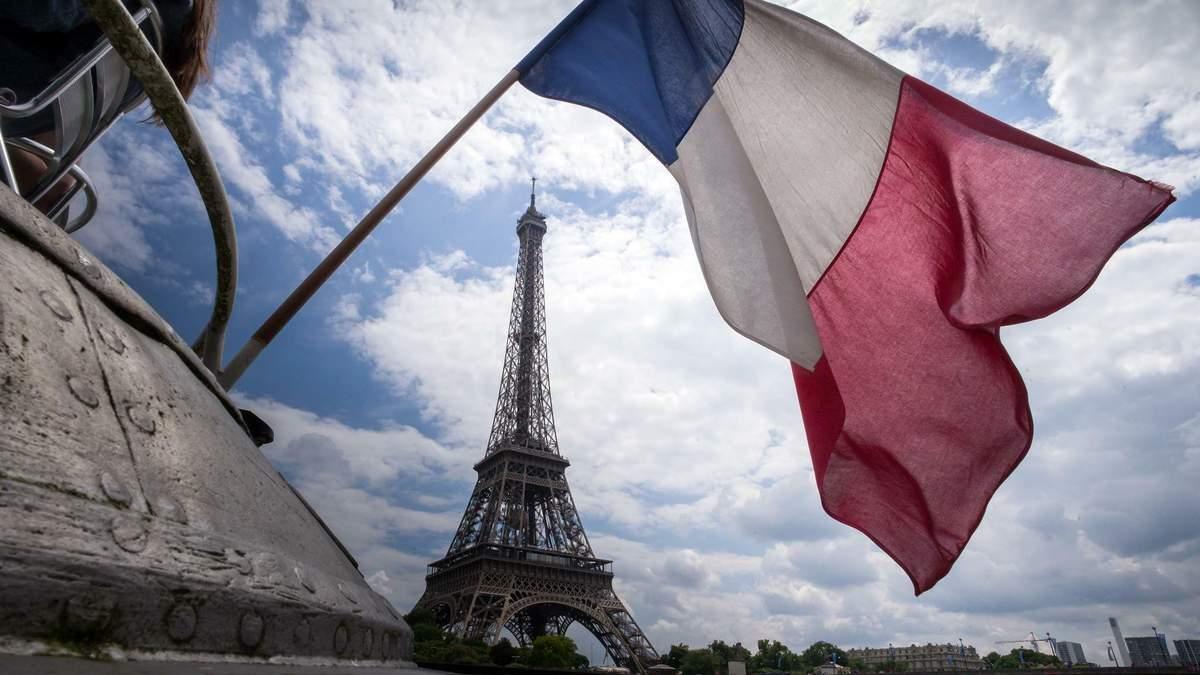 У Франції нічні клуби хочуть перетворити на центри вакцинації COVID