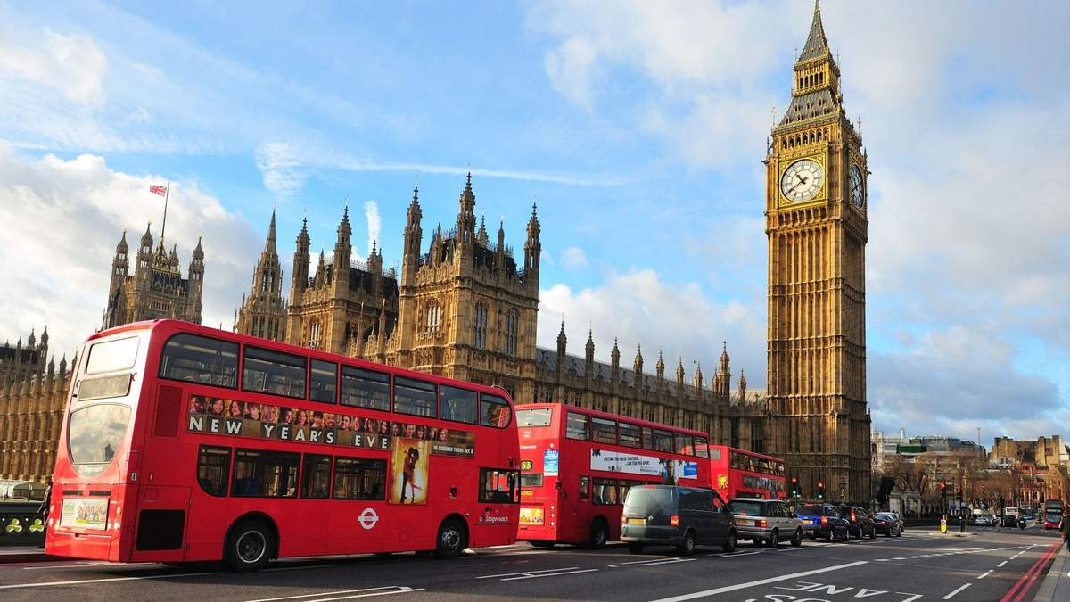 Літні відпустки під загрозою: уряд Великої Британії застеріг громадян